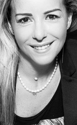 Clélia Dell'Aiera, jewelry designer.