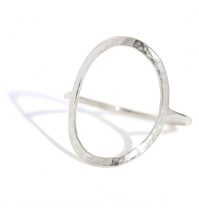 OVAL PUR WHITE GOLD